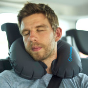 65380_inflatable-neck-pillow-3