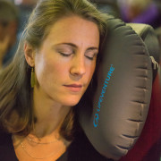 65390_inflatable-pillow-3